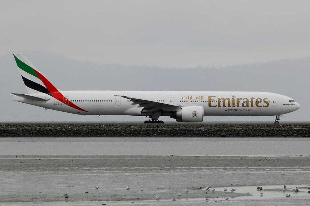 Emirates_b777