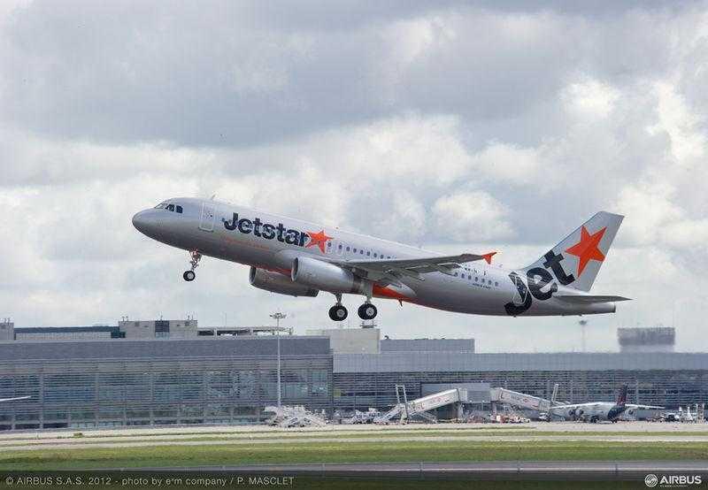 A320_Jetstar_Japan_take_off