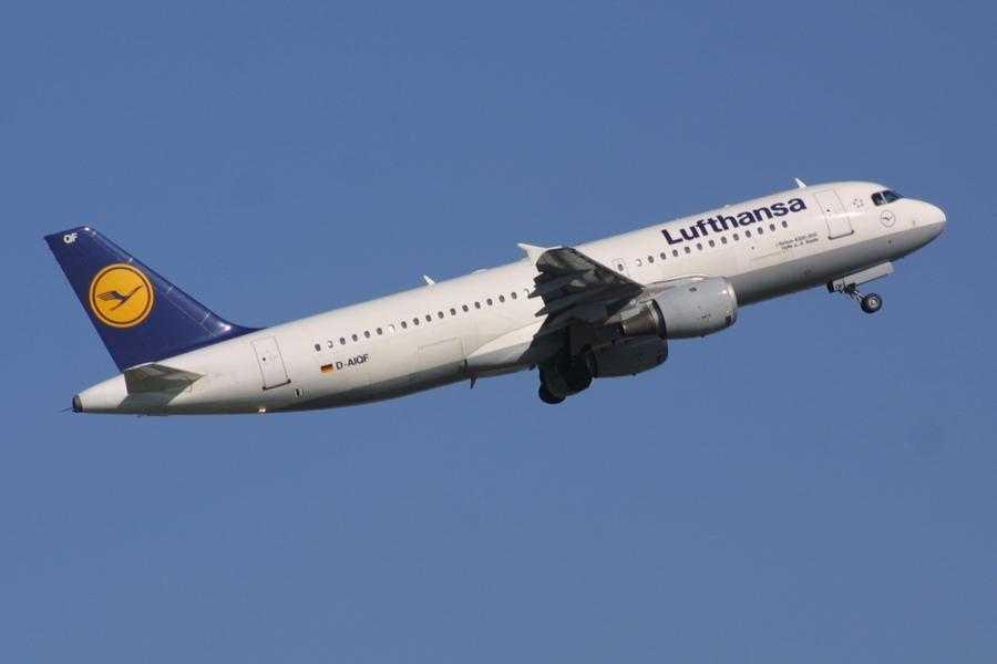 lufthansa_airbus_a320