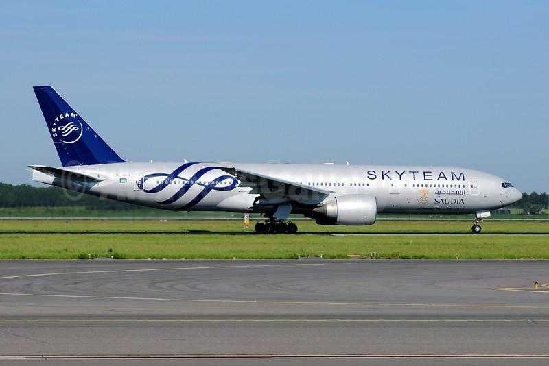 Saudia-777-200-HZ-AKA-09-L