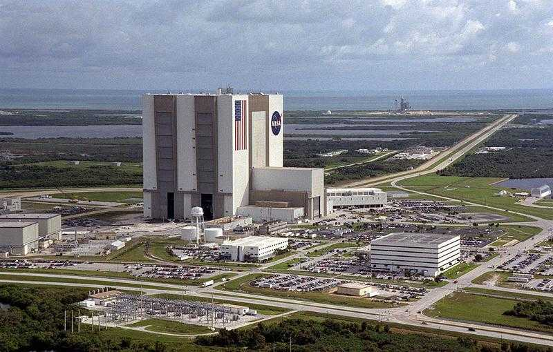 800px-Aerial_View_of_Launch_Complex_39