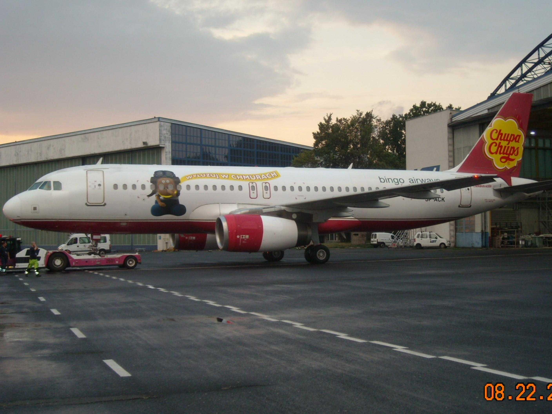 Bingo-Airways-A320-Chuck-Force-One