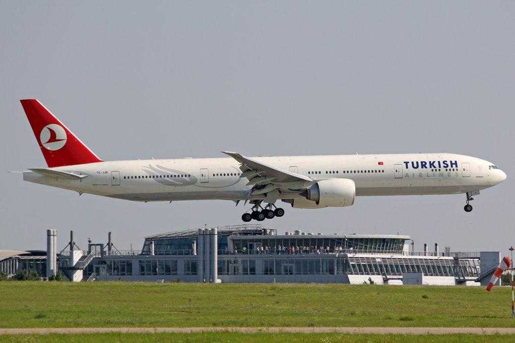 turkish airlines boeing 777 300