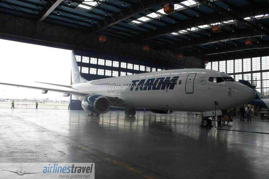 Boeing 737-800 TAROM