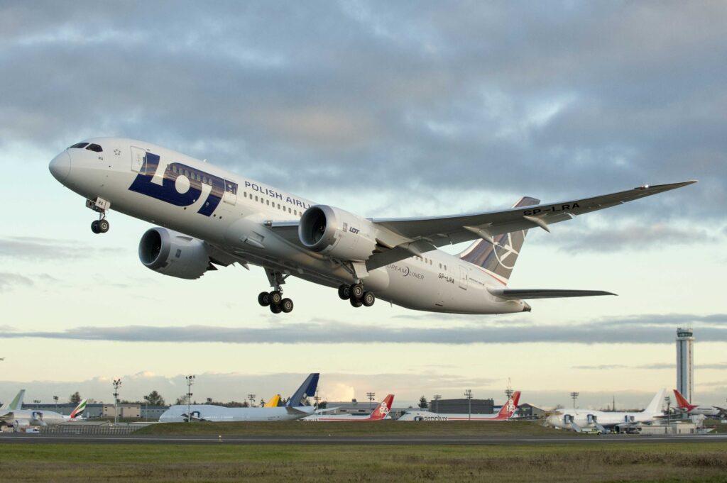 Boeing 787 LOT