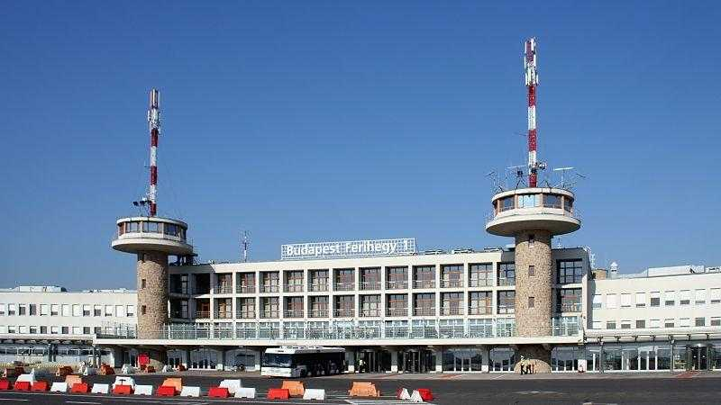 Airport_Budapest_Terminal_1