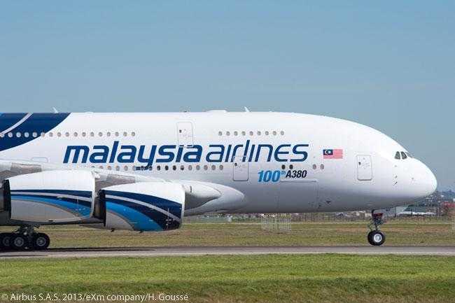Airbus_A380_100