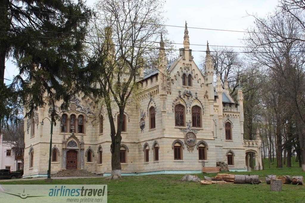 Castelul Sturdza - Miclauseni
