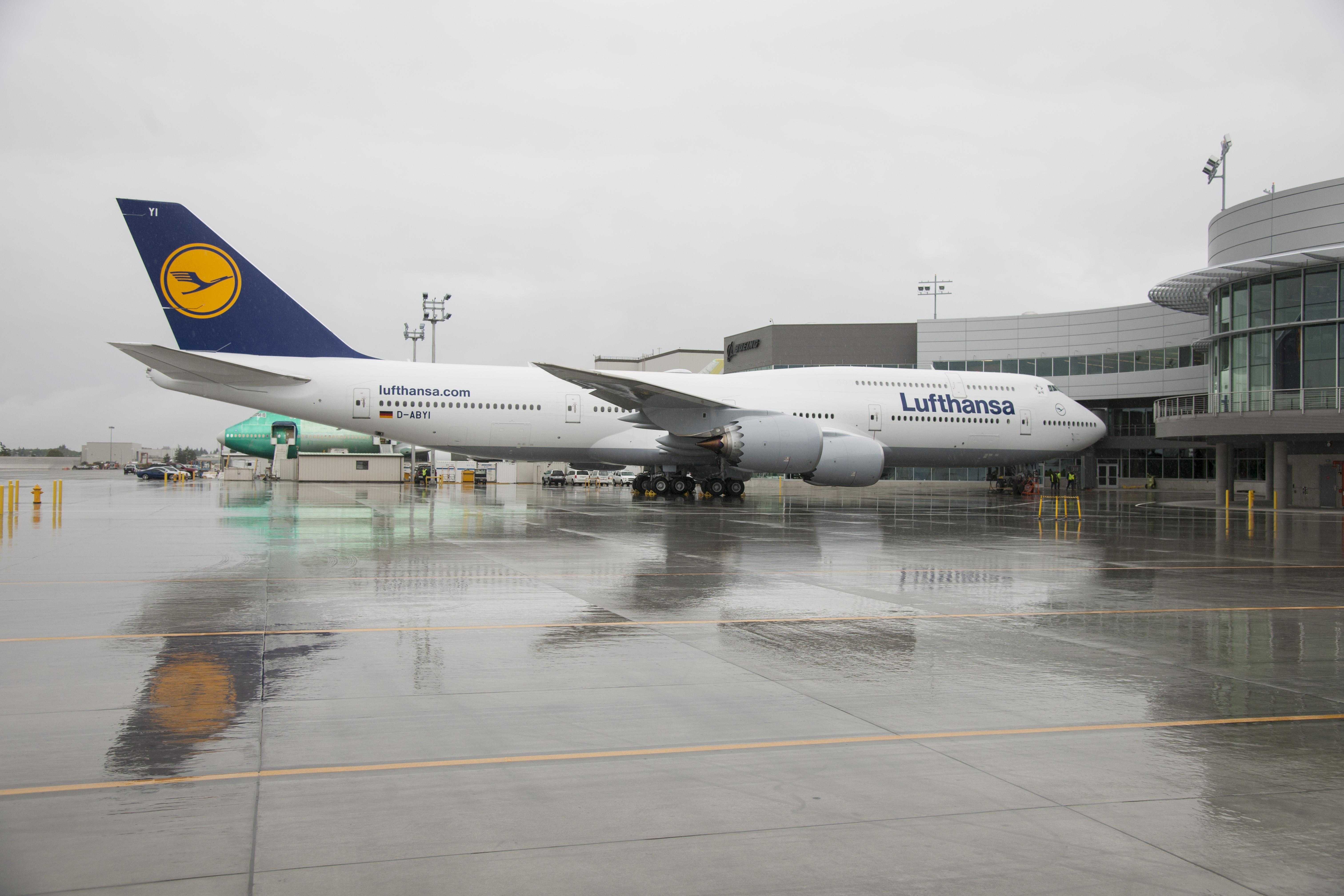 Lufthansa 747-8 at EDC gate