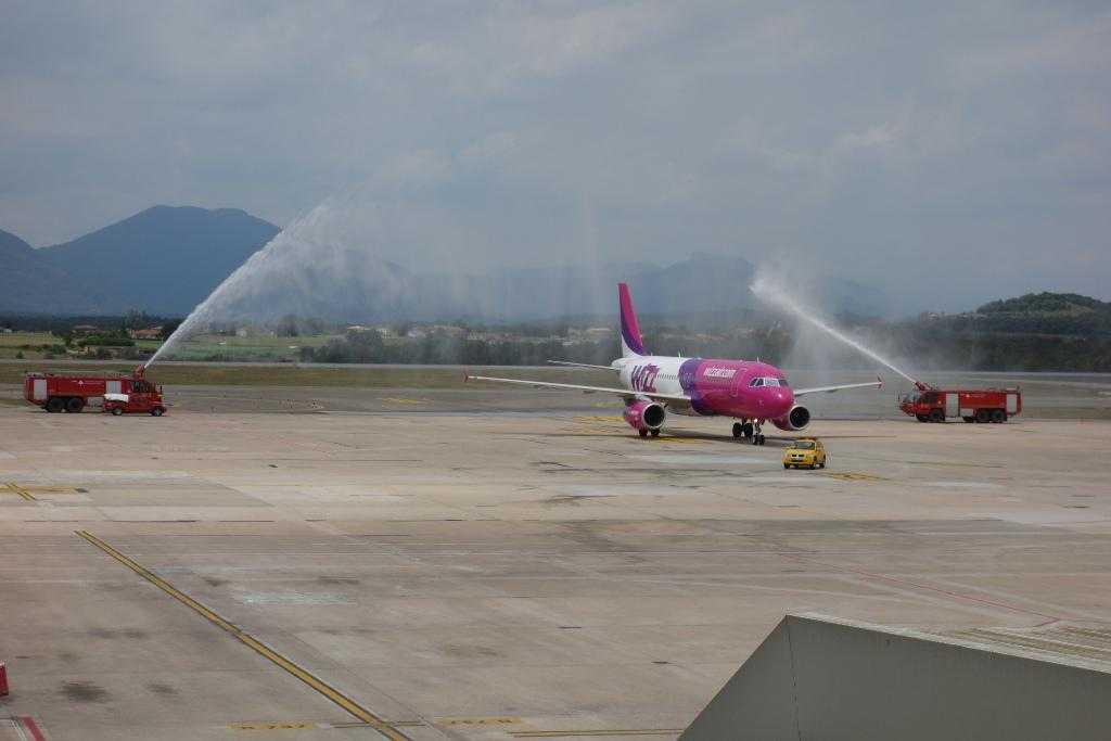 Wizz Air la Girona -tun de apa