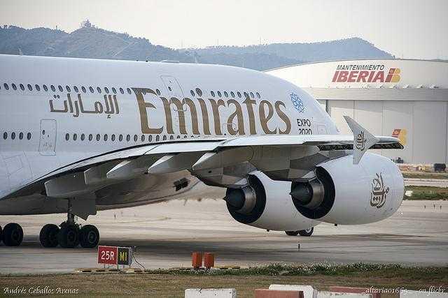 A380_Emirates_Barcelona