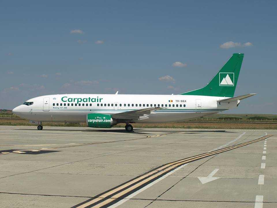 737-300_carpatair
