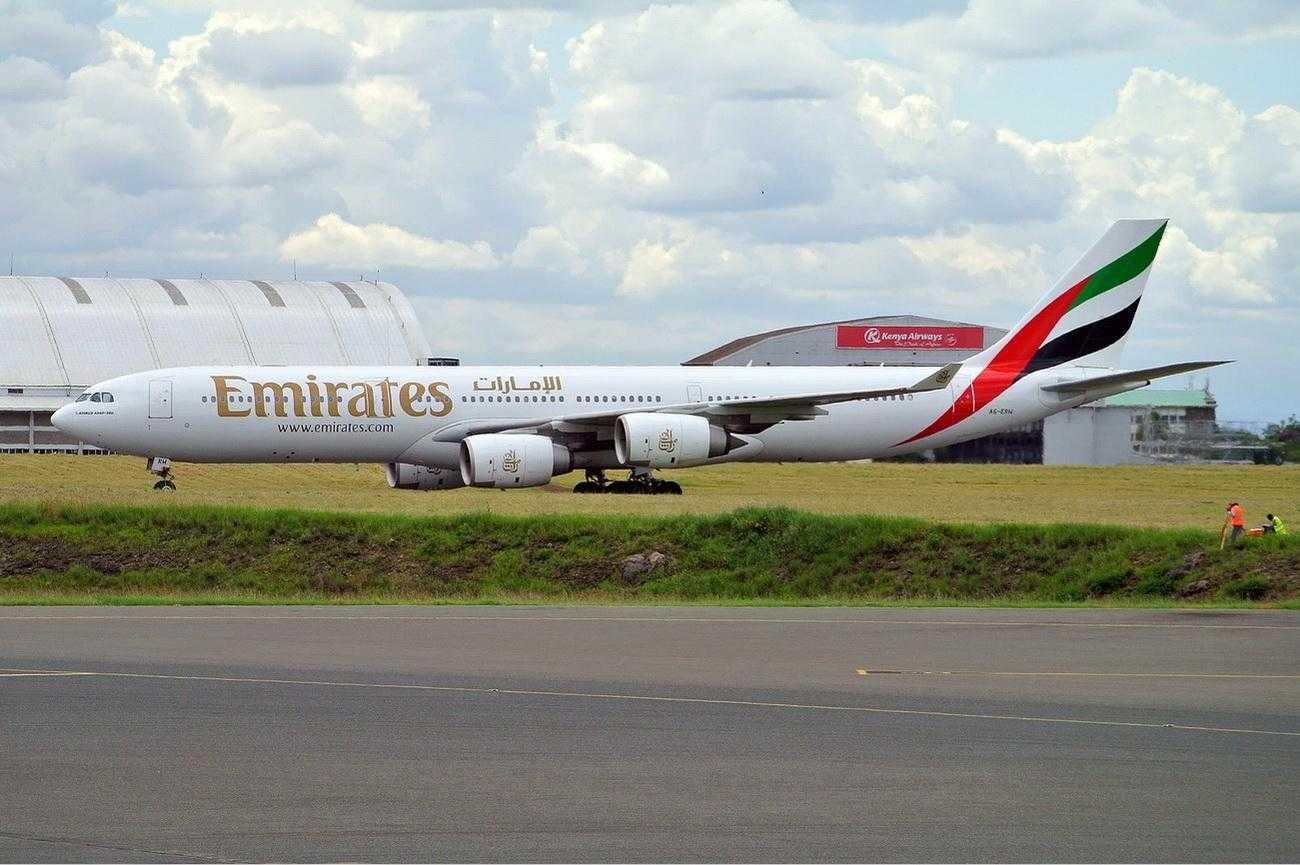 Emirates_Airbus_A340-500