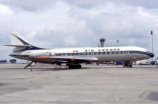 Air_France_Caravelle_Gilliand