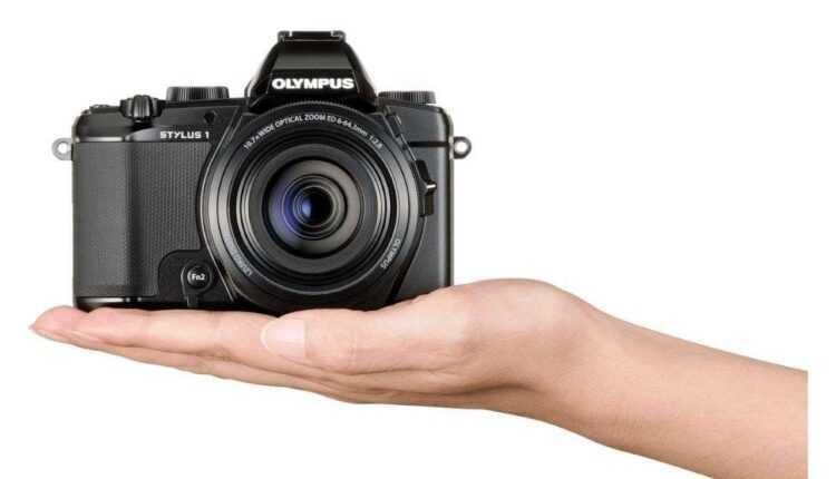Olympus Stylus 1 – funcţionalitate D-SLR într-un design compact