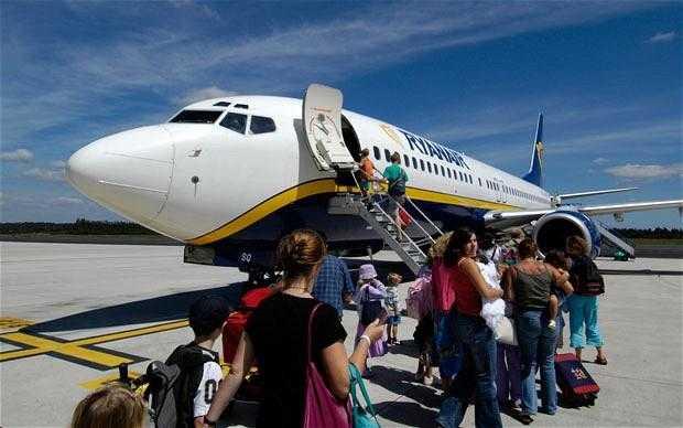 Timişoara – Bucureşti cu Ryanair, de la 1 noiembrie 2016 / Orarul Zborurilor