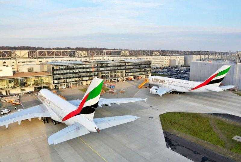 A380-Twin-Delivery-1_tcm133-1492680
