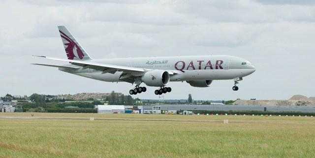 Qatar_Airways_777-200LR