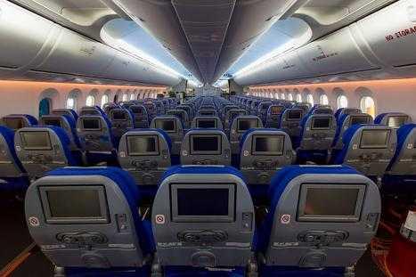 Imagini cu boeing 787 9 dreamliner la auckland for Interior 787 avianca