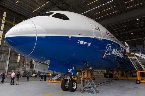 Boeing_787_9_sol_6