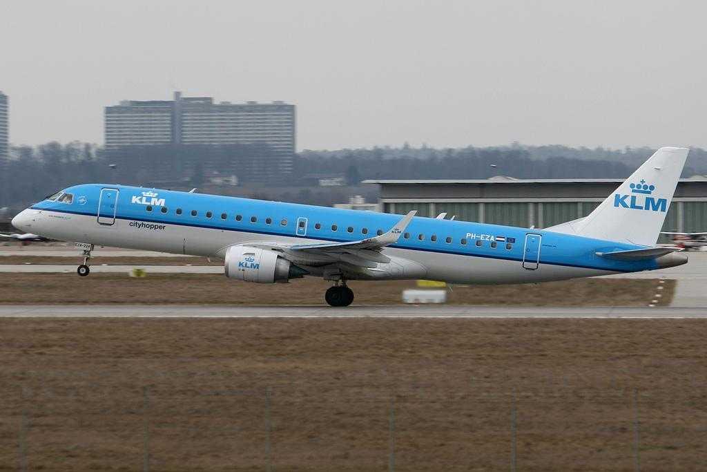 KLM_Embraer_E190
