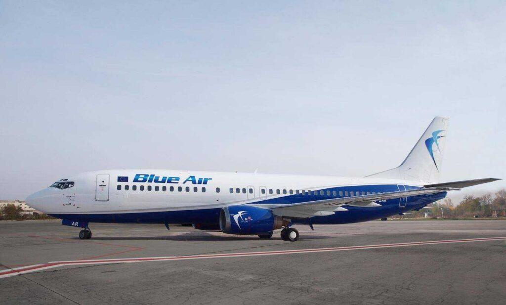 Boeing 737-400 Blue Air