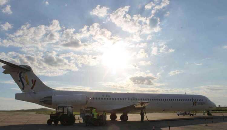 Bucureşti – Tulcea cu Fly Romania (zborul inaugural din 16 mai 2014) (fotoreportaj)