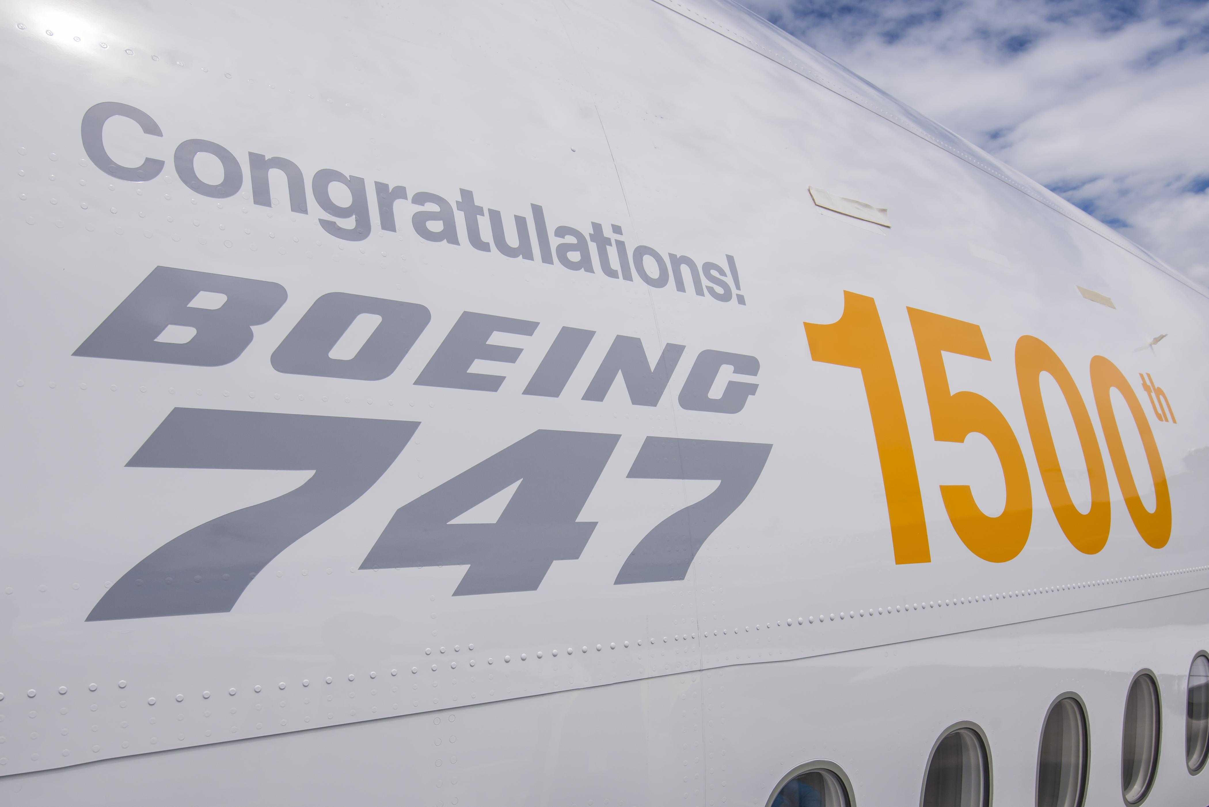 1500_Boeing_747_logo