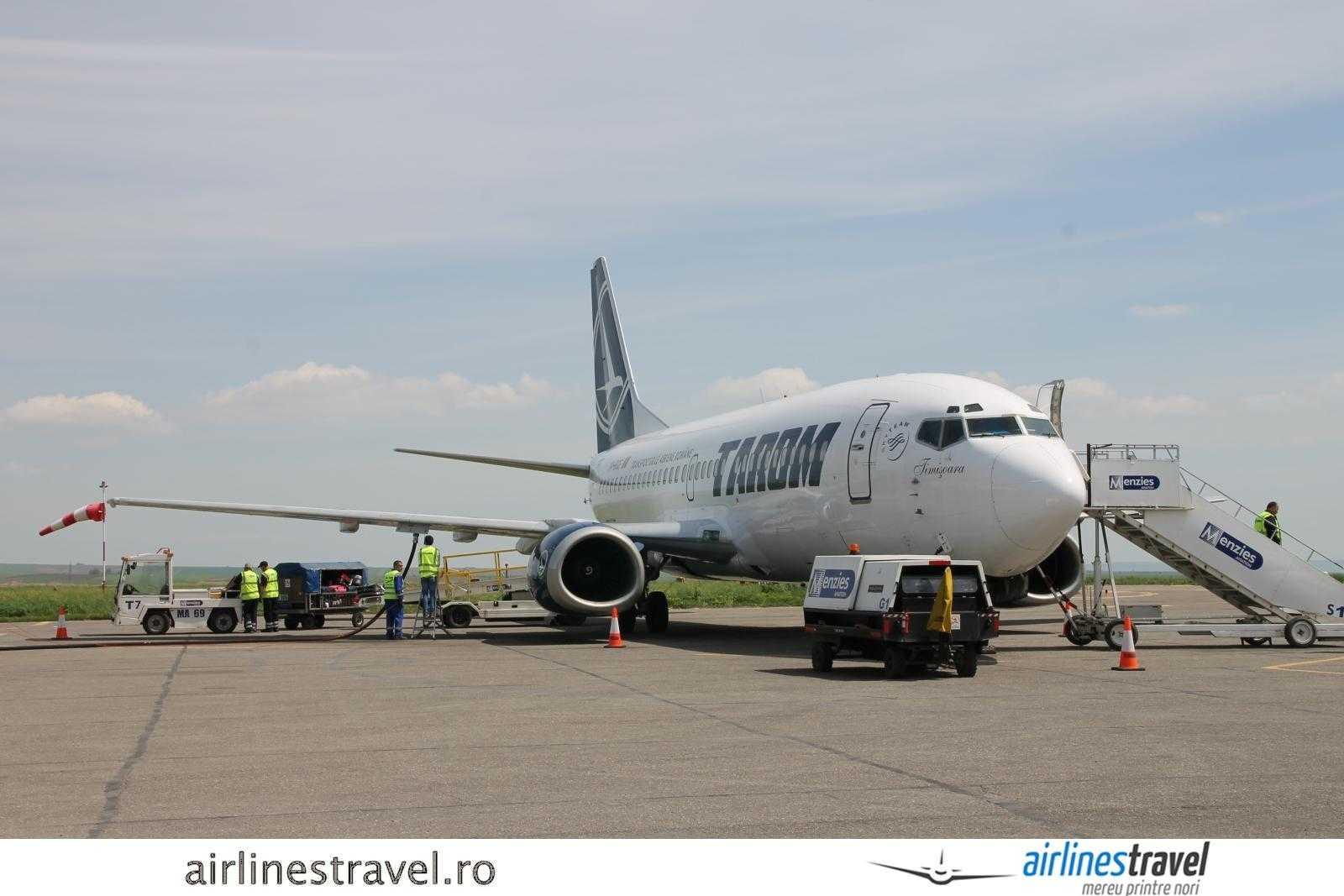 Avion pe Aeroportul International Iasi