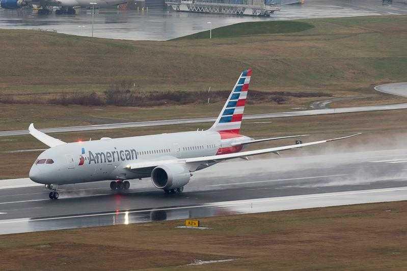 boeing_787_American_Airlines_8