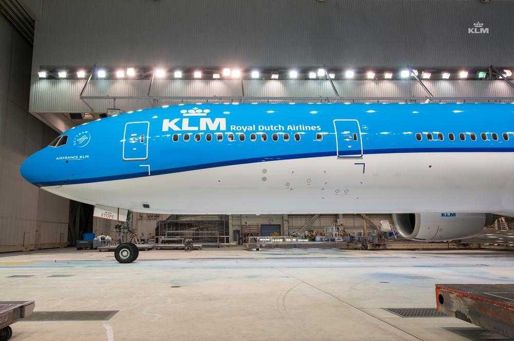 Boeing_777_300ER_KLM_1