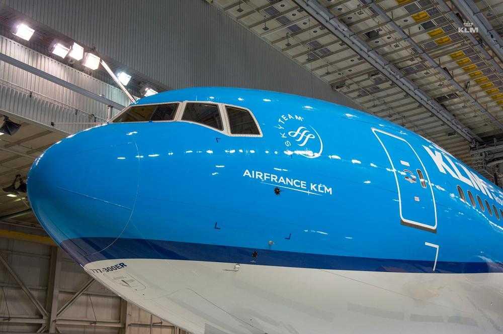 Boeing_777_300ER_KLM_3