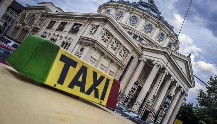 Mai multe taxiuri la Aeroportul Henri Coandă București