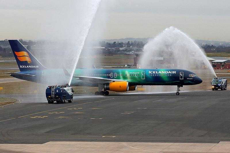 TF-CRF-Icelandair Boeing 757-200