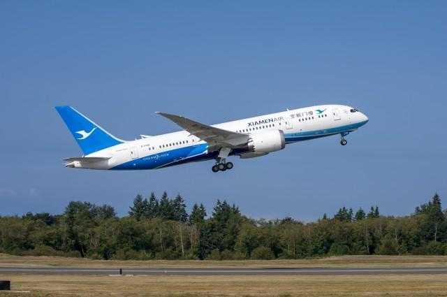 Xiamen-Airlines-787-8