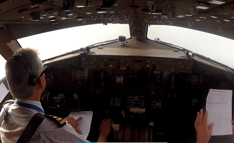 cockpit_boeing_777_200_KLM