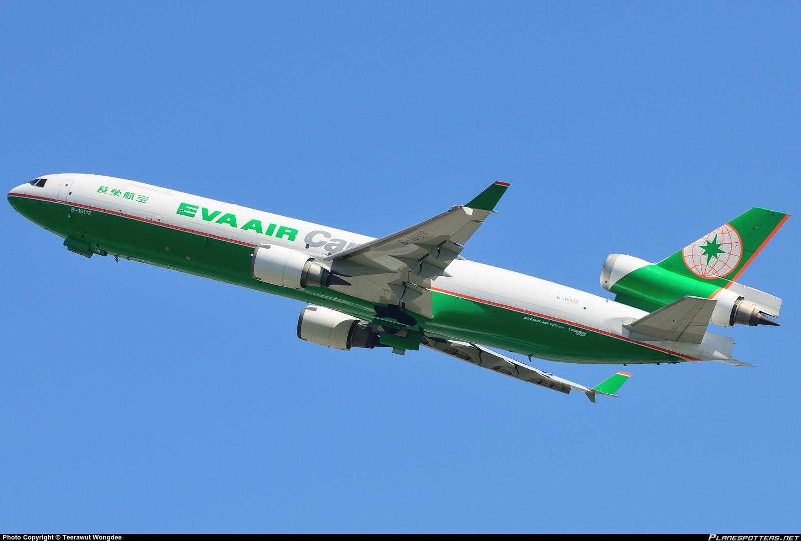 B-16113-EVA-Airways-McDonnell-Douglas-MD-11