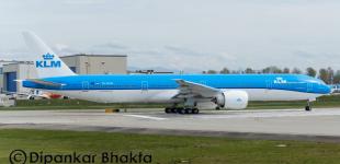 (Video) Boeing 777-300ER (PH-BVN), în noul livery KLM, a aterizat la Amsterdam