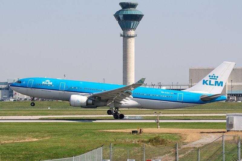 KLM Airbus A330-200 PH-AOA