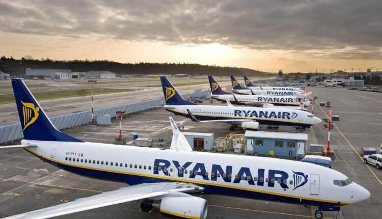Zborurile Ryanair operate în orarul de iarnă 2015-2016, din şi spre Bucureşti