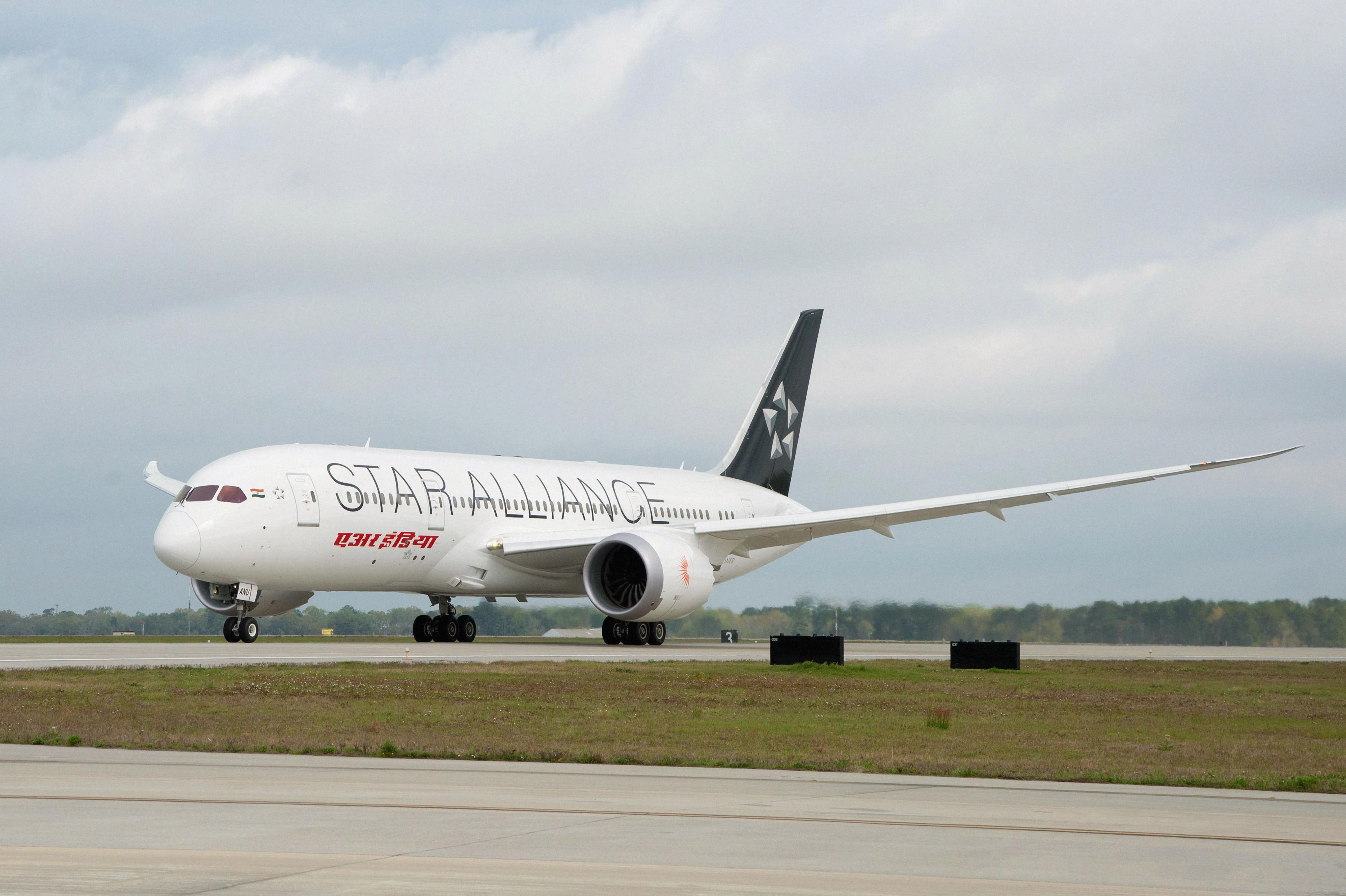Air India 787-8 Star Alliance livery