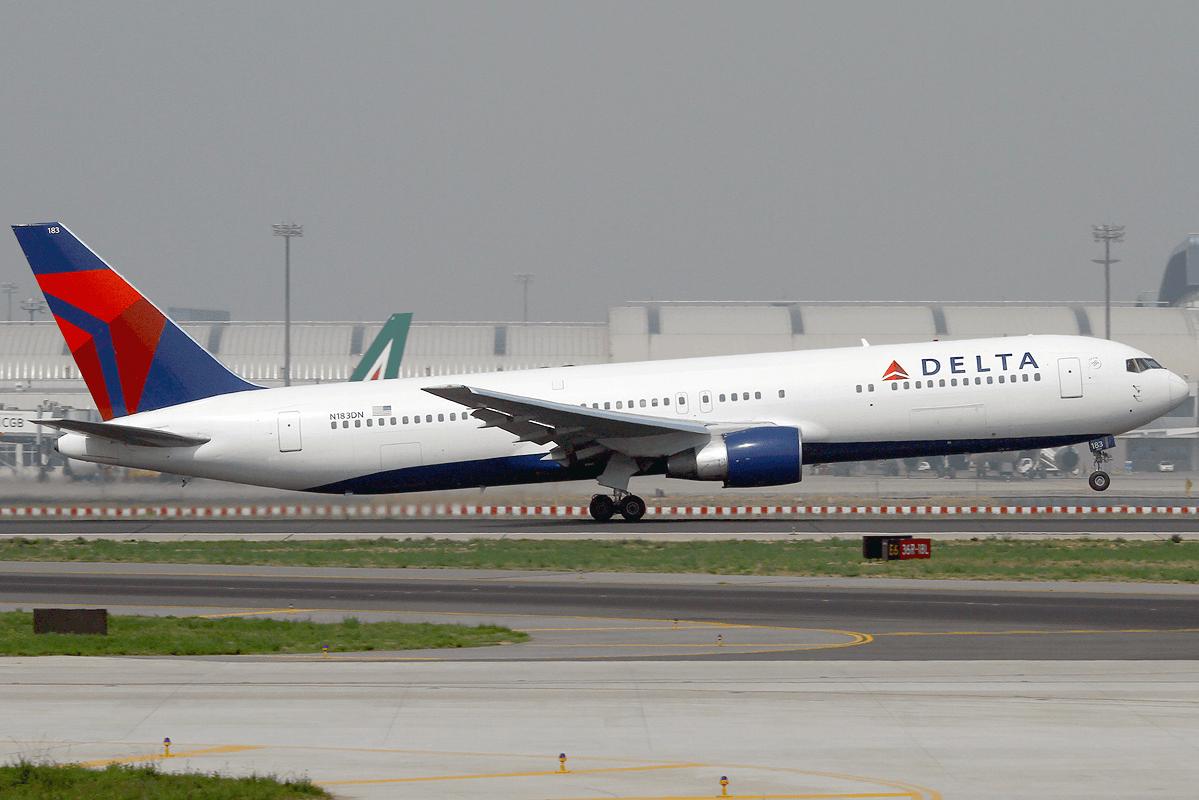 Delta-Air-Lines-Boeing-767-300ER