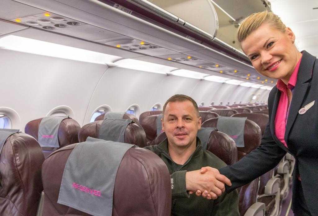 primul-pasager-wizz-air-cu-loc-alocat-gratuit