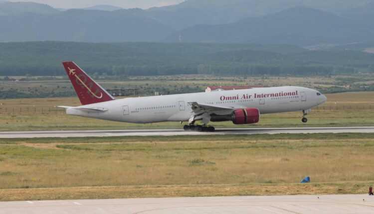 (Video) Un Boeing 777-200ER a operat cu succes pe Aeroportul Internaţional Sibiu