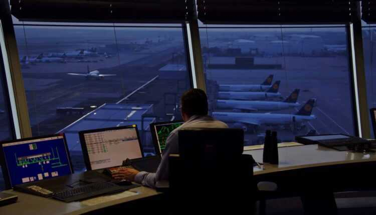 Top 5 meserii extrem de solicitante în aviaţie