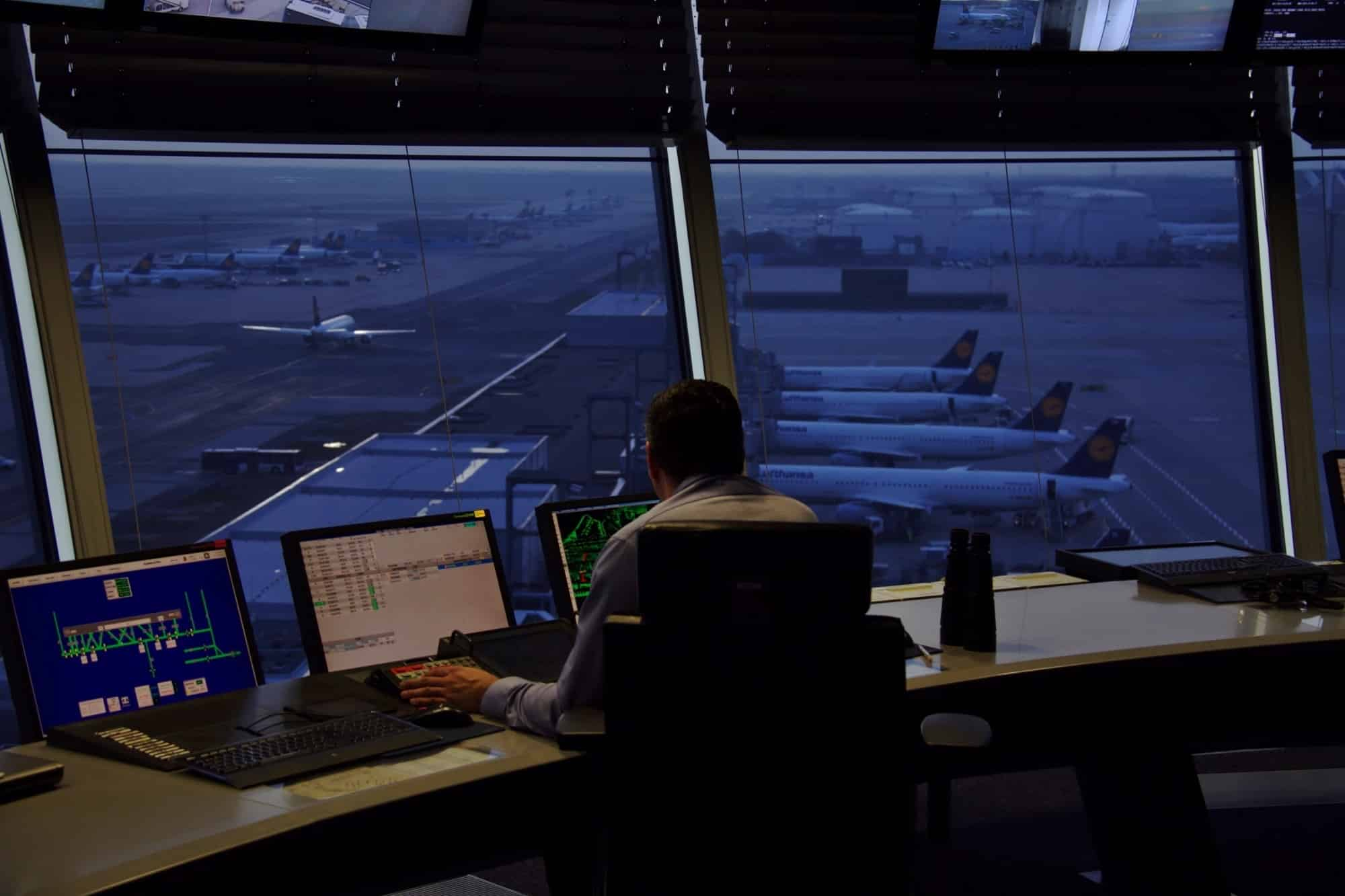 Controlor Trafic Aerian