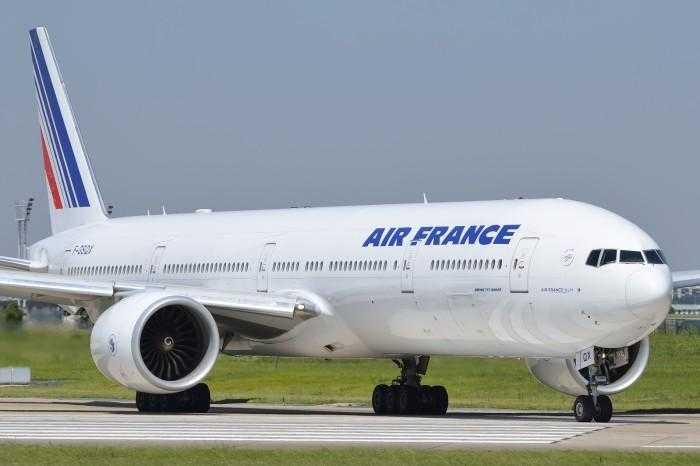 F-GSQX-Air-France-Boeing-777-300