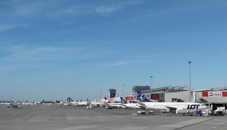 Update: Cluj – Varşovia cu LOT Polish Airlines, din 30 martie 2016