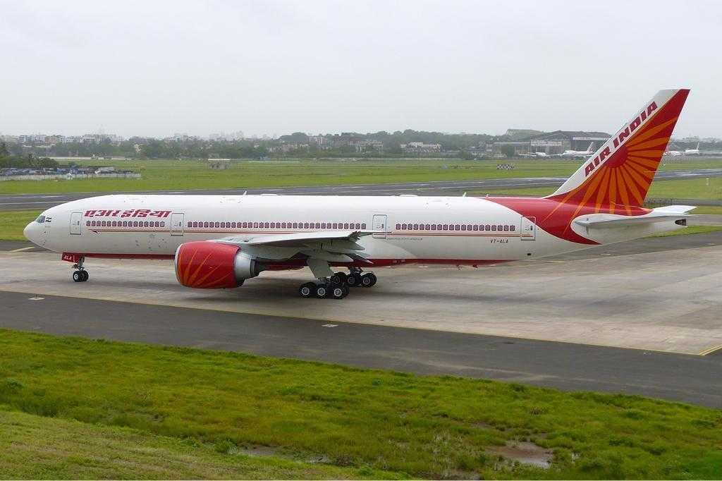 Air_India_Boeing_777-200LR