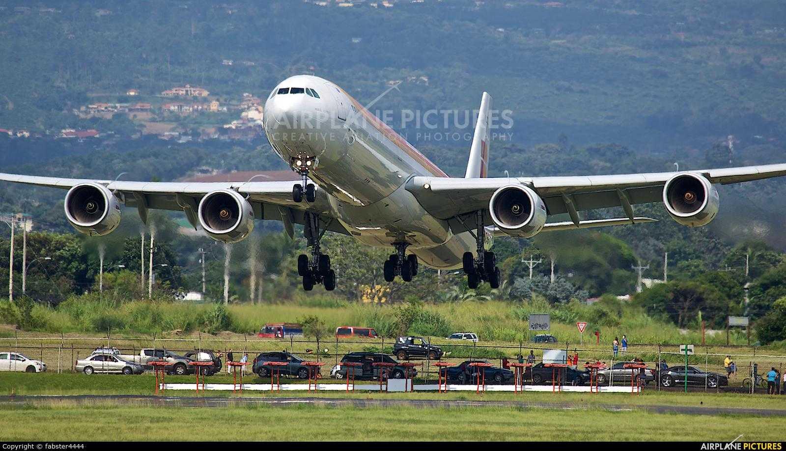 Airbus-A340-600-Iberia-Costa-Rica